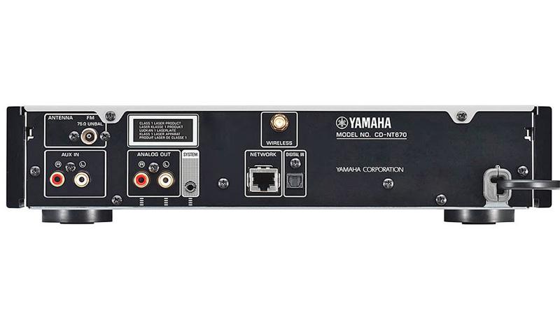 Đầu Yamaha CD NT670 mặt sau
