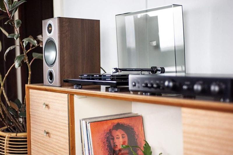 Loa Monitor Audio Bronze 2