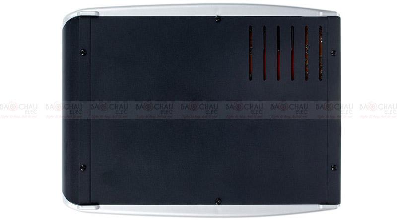 Bàn mixer Behringer Xenyx Q802USB