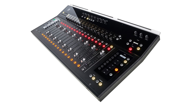Mixer Mackie DL 1608 Lightning Set