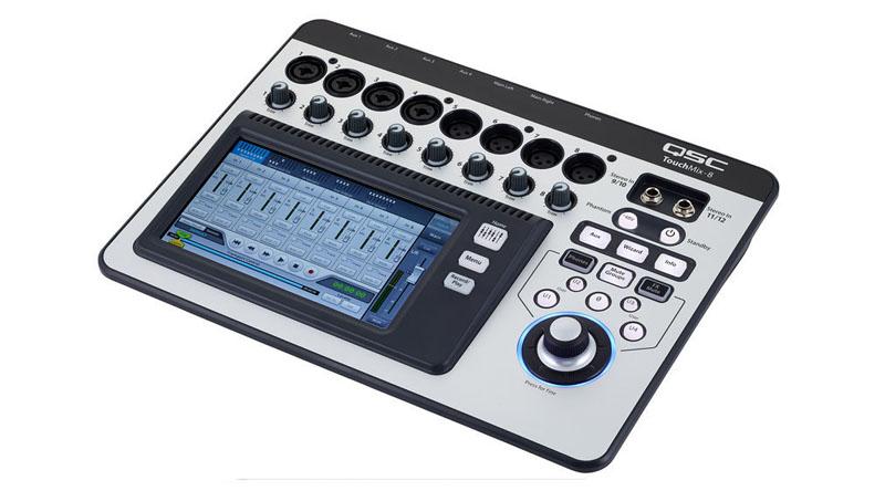 Mixer QSC TouchMix-8 Bundle
