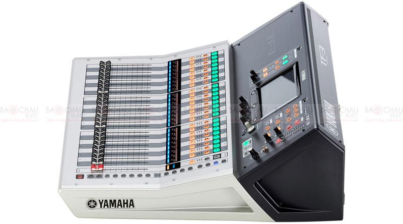 Mixer Yamaha TF-3