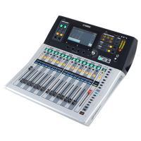 Mixer Yamaha TF-1 Bundle