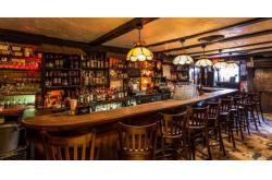 Cách thiết kế một cấu hình âm thanh quán pub, lounge đảm bảo hiệu quả nhất
