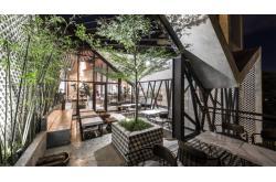 Vì sao quán cafe không đông khách?