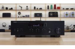 Amply Yamaha RN303: Amply nghe nhạc tích hợp 2 kênh, dáng sang trọng, giá  hơn 6 triệu