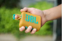 Giá loa JBL Go 3 chỉ 990.000đ: Loa bluetooth siêu nhỏ nên mua trong dịp Tết này