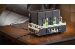 McIntosh ra mắt Headamp đèn MHA200