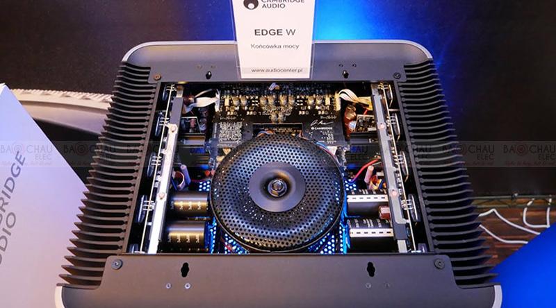 Power Amply Cambridge Edge W