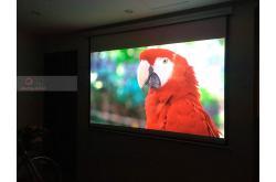 Lắp đặt hệ thống máy chiếu cho anh Hoàng tại Hà Nội (BENQ TK800M, Màn P84WS, Bộ chia HDMI Wifi)