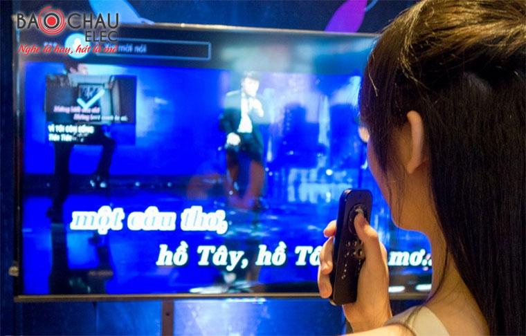Đầu hanet Play X One 1TB tìm kiếm bài hát đơn giản