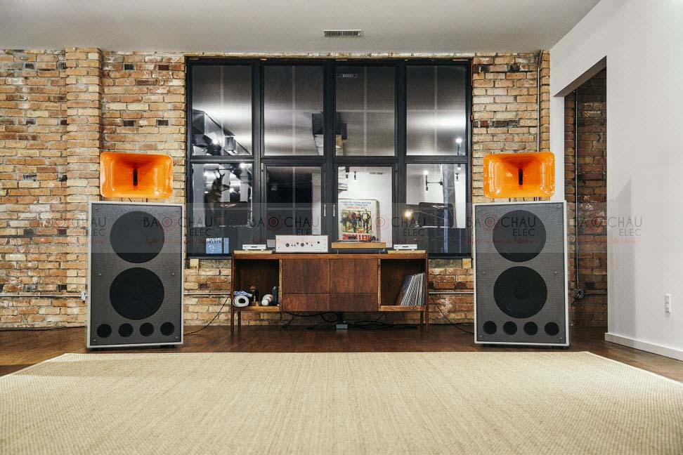 klip-Klipsch-Speakers-2