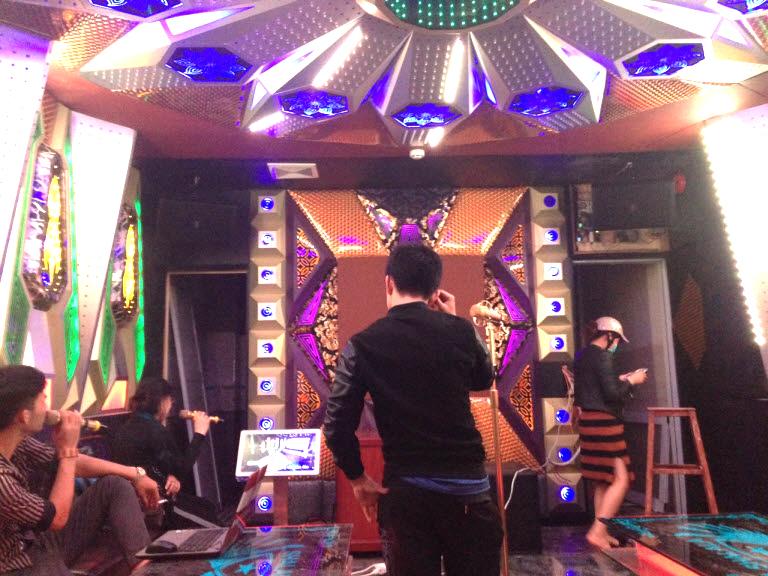 lap-dat-6-phong-hat-karaoke-tai-binh-dinh-h23
