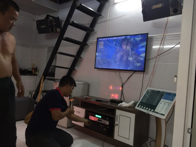 dan-karaoke-gia-dinh-tai-quan-8-tphcm-hinh6