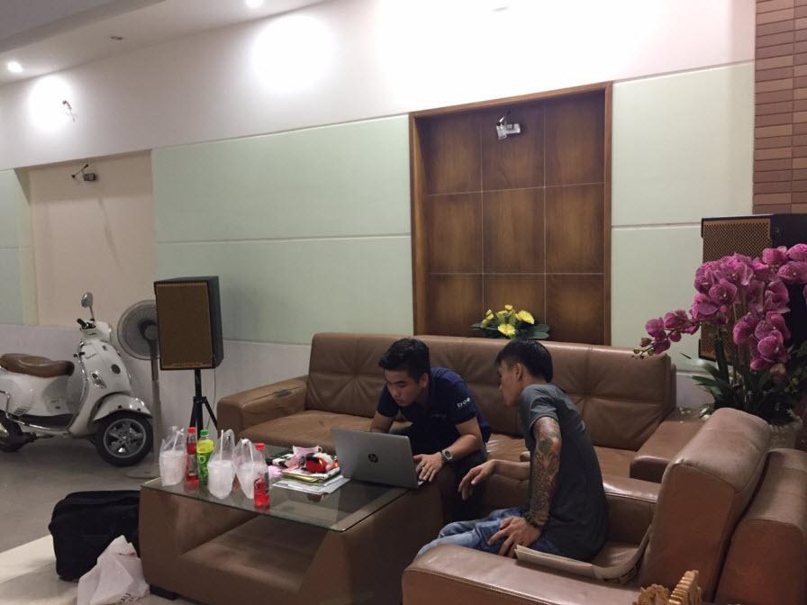 dan-karaoke-gia-dinh-anh-mung-tai-binh-duong-h25