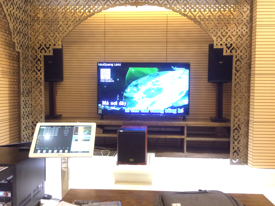 Khám phá dàn karaoke gia đình cao cấp gần 70 triệu tại Vinhome Long Biên