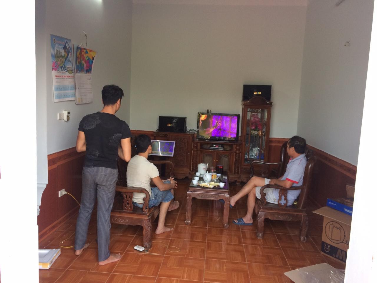 dan-karaoke-gia-dinh-tai-luc-nam-bac-giang-h5
