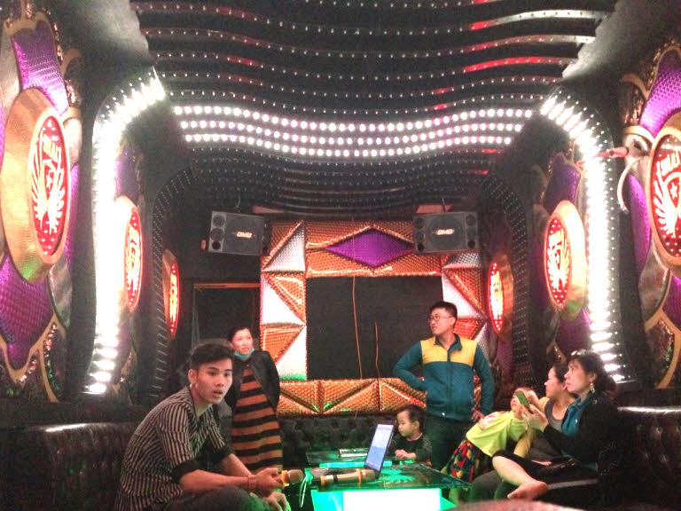 lap-dat-6-phong-hat-karaoke-tai-binh-dinh-h11