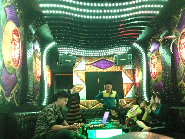 lap-dat-6-phong-hat-karaoke-tai-binh-dinh-h12