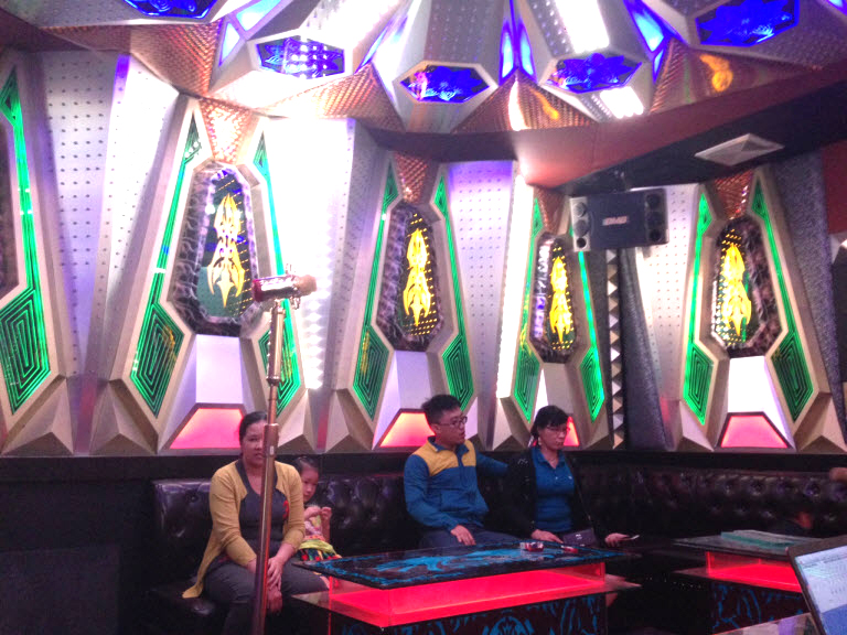lap-dat-6-phong-hat-karaoke-tai-binh-dinh-h25
