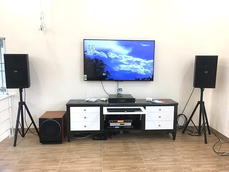 Dàn karaoke gia đình sử dụng Loa Domus DP 6120